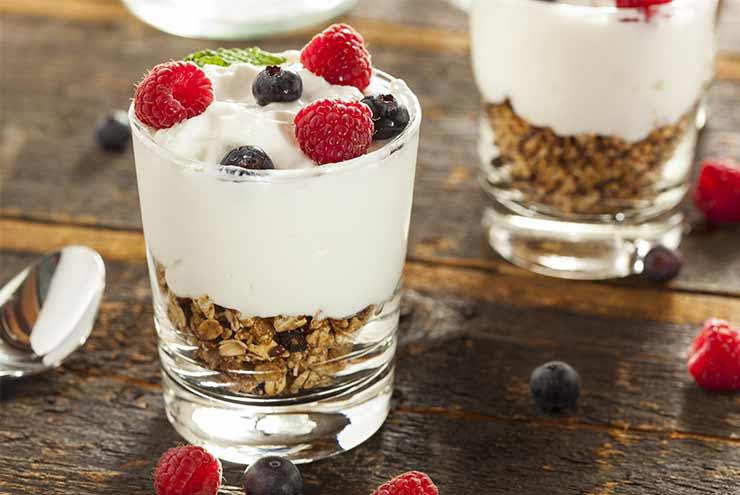 dejeuner-yaourt-granola